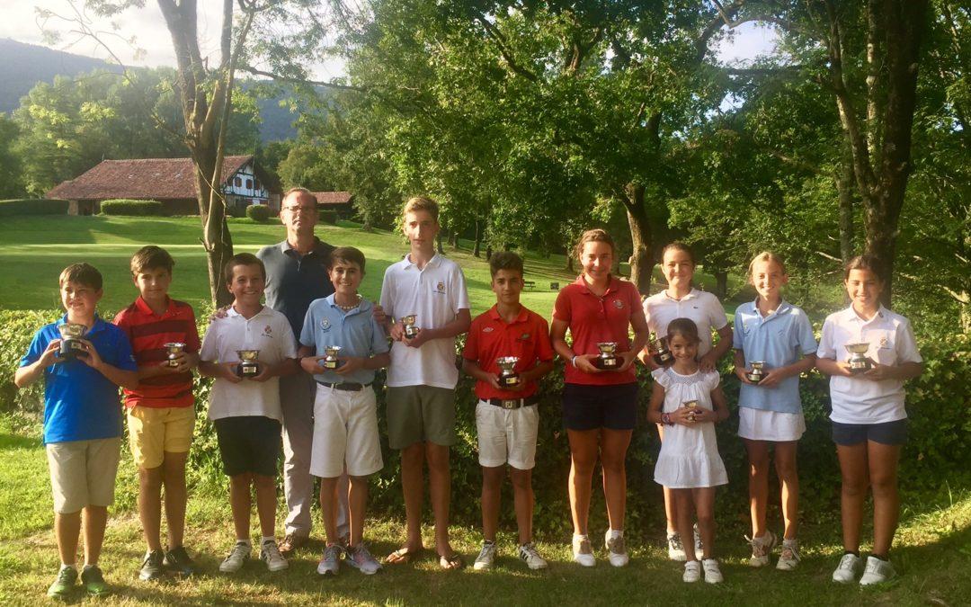 Roman / Gutierrez (Infantiles), Fernandez / Lanchares (Alevines) y Arozena / Iraola (Benjamines) Ganadores de la Copa Federación Vasca Infantil