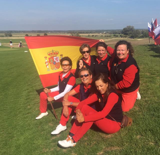 El Equipo Nacional Senior Femenino, con Lourdes Barbeito entre sus filas, se clasifica en la quinta posición en el Campeonato de Europa Senior por equipos Femenino