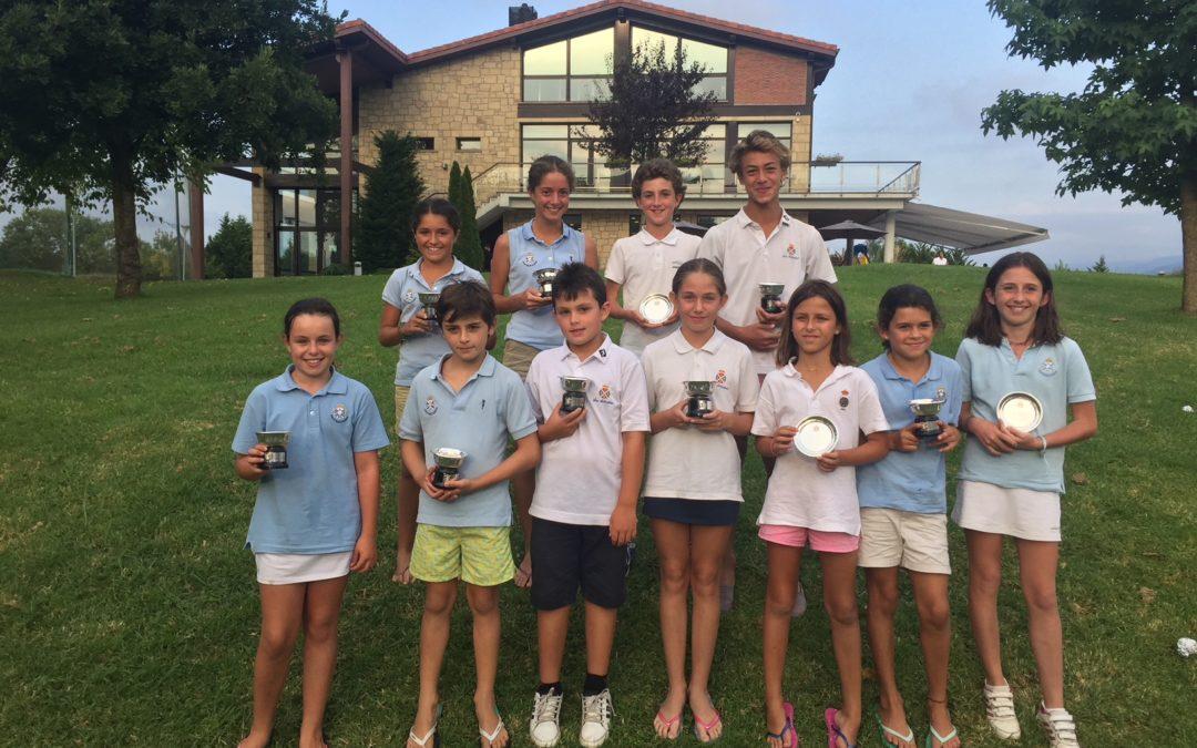 Moral/Aizpurua (Infantiles), Carril/Aizpurua y Dearden/Lerma Campeones de Basozabal Infantil