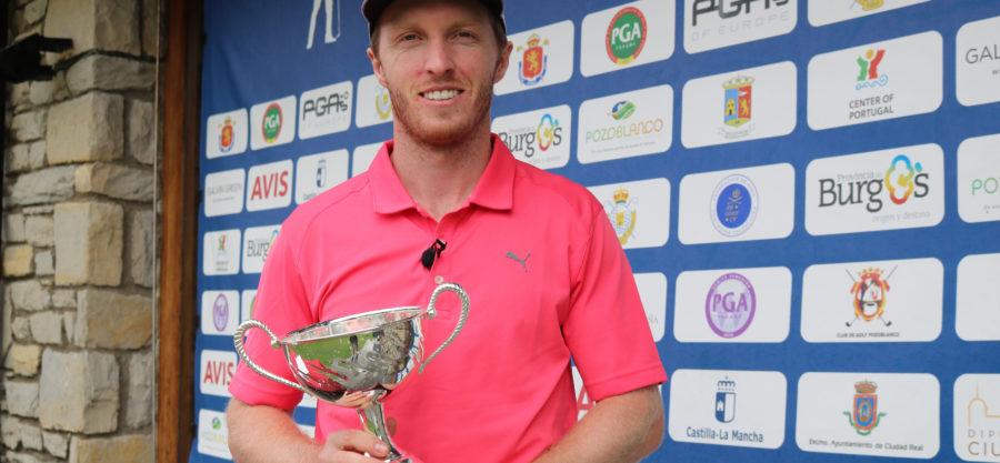 Jacobo Pastor ganador de la tercera prueba del Severiano Ballesteros Tour en la RSG Neguri