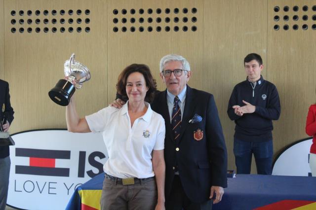 Lourdes Barbeito y Mar Corcostegui finalizan entre las treinta mejores el Internacional de España Senior Femenino