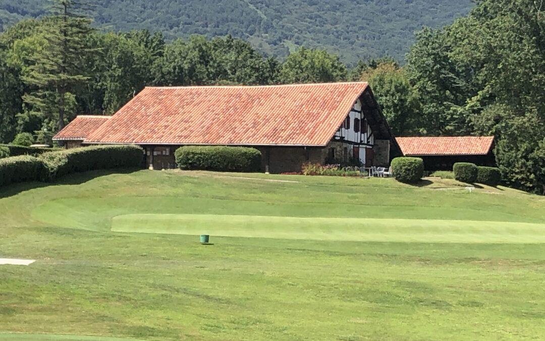 Joseba Torres y Amaia Latorre los mejores en el arranque de la XXXIII Copa Federación Vasca de Golf